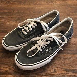 Men's Grey Classic Vans Shoes sz. 9.5